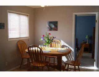 Photo 4: 220 MCKAY Avenue in WINNIPEG: North Kildonan Residential for sale (North East Winnipeg)  : MLS®# 2903104