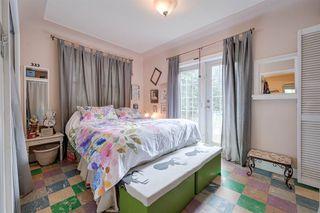 Photo 11: 9906 87 Street in Edmonton: Zone 13 House for sale : MLS®# E4166864