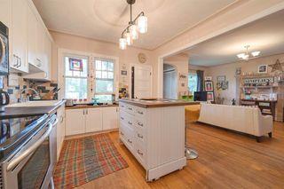 Photo 7: 9906 87 Street in Edmonton: Zone 13 House for sale : MLS®# E4166864