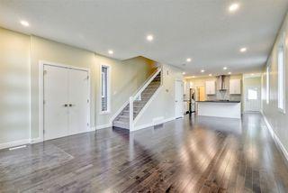Photo 6: 9157 74 Avenue in Edmonton: Zone 17 House for sale : MLS®# E4168370