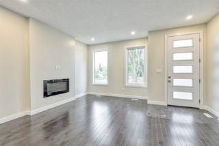 Photo 4: 9157 74 Avenue in Edmonton: Zone 17 House for sale : MLS®# E4168370