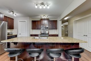 Photo 4: 2857 Maple Way NW in Edmonton: House for sale : MLS®# E4178246