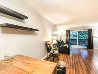 "Photo 4: 309 204 WESTHILL Place in Port Moody: College Park PM Condo for sale in ""WESTHILL PLACE"" : MLS®# R2430617"