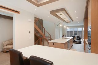 Photo 7: 2409 1 Avenue NW in Calgary: West Hillhurst Semi Detached for sale : MLS®# C4295458