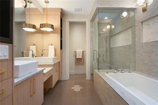 Photo 28: 2409 1 Avenue NW in Calgary: West Hillhurst Semi Detached for sale : MLS®# C4295458