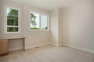 Photo 32: 2409 1 Avenue NW in Calgary: West Hillhurst Semi Detached for sale : MLS®# C4295458