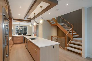 Photo 14: 2409 1 Avenue NW in Calgary: West Hillhurst Semi Detached for sale : MLS®# C4295458