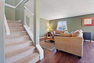 Photo 8: 305 908 Brock Ave in VICTORIA: La Langford Proper Row/Townhouse for sale (Langford)  : MLS®# 839718