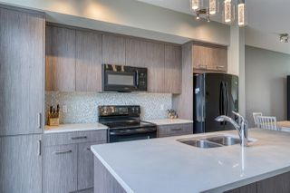 Photo 5: 98 2560 Pegasus Boulevard NW in Edmonton: Zone 27 Townhouse for sale : MLS®# E4204693