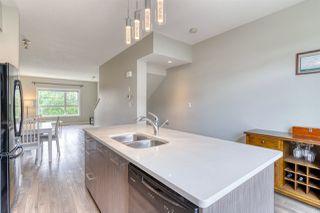 Photo 4: 98 2560 Pegasus Boulevard NW in Edmonton: Zone 27 Townhouse for sale : MLS®# E4204693