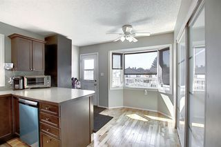 Photo 3: 2115 24 Avenue NE in Calgary: Vista Heights Detached for sale : MLS®# A1018217