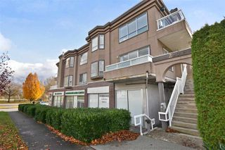 "Main Photo: 201 2288 NEWPORT Avenue in Vancouver: Fraserview VE Condo for sale in ""SELF-MANAGED"" (Vancouver East)  : MLS®# R2526885"
