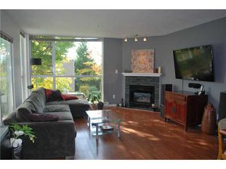 "Photo 2: 212 8460 JELLICOE Street in Vancouver: Fraserview VE Condo for sale in ""THE BOARDWALK"" (Vancouver East)  : MLS®# V854806"