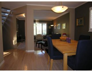Photo 2: 967 CANYON Boulevard in North_Vancouver: Canyon Heights NV House for sale (North Vancouver)  : MLS®# V749305
