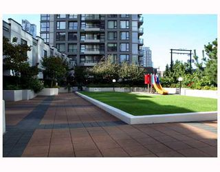 "Photo 6: 808 1295 RICHARDS Street in Vancouver: Downtown VW Condo for sale in ""OSCAR"" (Vancouver West)  : MLS®# V757058"
