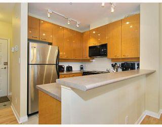 Photo 5: 408 2028 W 11TH Avenue in Vancouver: Kitsilano Condo for sale (Vancouver West)  : MLS®# V757545