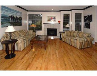 "Photo 2: 1772 SE MARINE Drive in Vancouver: Fraserview VE Townhouse for sale in ""FRASERVIEW"" (Vancouver East)  : MLS®# V765288"
