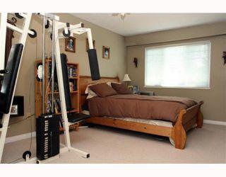 """Photo 8: 5983 16TH Avenue in Tsawwassen: Beach Grove House for sale in """"BEACH GROVE"""" : MLS®# V768539"""