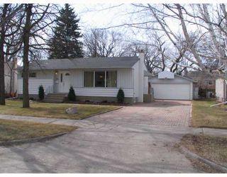 Photo 1: 154 OLIVER Avenue in SELKIRK: City of Selkirk Residential for sale (Winnipeg area)  : MLS®# 2805707