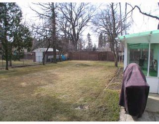 Photo 3: 154 OLIVER Avenue in SELKIRK: City of Selkirk Residential for sale (Winnipeg area)  : MLS®# 2805707