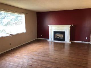 Photo 2: 6215 137 Avenue in Edmonton: Zone 02 House for sale : MLS®# E4173250