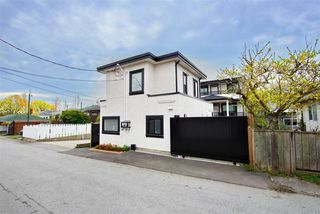 Photo 17: 6950 INVERNESS Street in Vancouver: South Vancouver House for sale (Vancouver East)  : MLS®# R2407308