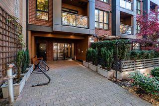 "Photo 2: 408 2020 W 12TH Avenue in Vancouver: Kitsilano Condo for sale in ""2020 Twenty Twenty"" (Vancouver West)  : MLS®# R2416514"