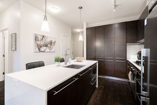 "Photo 5: 408 2020 W 12TH Avenue in Vancouver: Kitsilano Condo for sale in ""2020 Twenty Twenty"" (Vancouver West)  : MLS®# R2416514"
