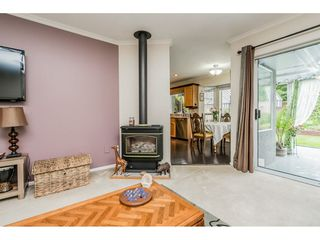 """Photo 8: 4861 208A Street in Langley: Langley City House for sale in """"Newlands"""" : MLS®# R2467992"""