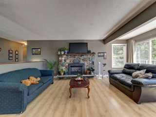 "Photo 9: 6345 ORACLE Road in Sechelt: Sechelt District House for sale in ""West Sechelt"" (Sunshine Coast)  : MLS®# R2468248"
