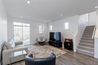 """Photo 11: 45 2560 PITT RIVER Road in Port Coquitlam: Mary Hill Townhouse for sale in """"HAVEN"""" : MLS®# R2475225"""