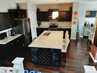 Photo 2: 852 Crystallina Nera Way NW in Edmonton: Zone 28 House for sale : MLS®# E4206319