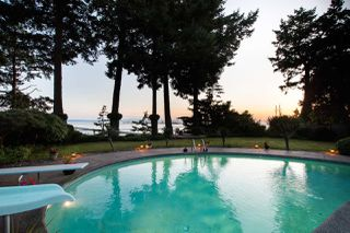 Main Photo: 1071 PACIFIC Drive in Delta: English Bluff House for sale (Tsawwassen)  : MLS®# R2480275