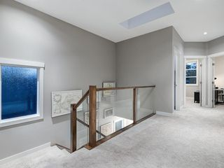 Photo 18: 419 18 Avenue NW in Calgary: Mount Pleasant Semi Detached for sale : MLS®# A1022384