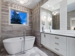 Photo 25: 419 18 Avenue NW in Calgary: Mount Pleasant Semi Detached for sale : MLS®# A1022384