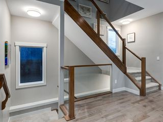 Photo 33: 419 18 Avenue NW in Calgary: Mount Pleasant Semi Detached for sale : MLS®# A1022384