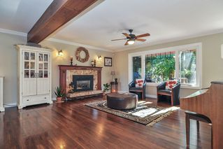 "Photo 3: 7863 227 Crescent in Langley: Fort Langley House for sale in ""Forest Knolls"" : MLS®# R2496367"