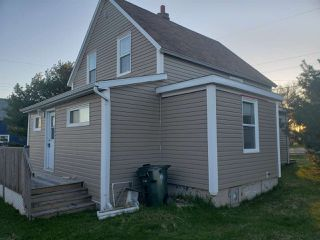 Photo 1: 22 First Avenue in Florence: 201-Sydney Residential for sale (Cape Breton)  : MLS®# 202018833
