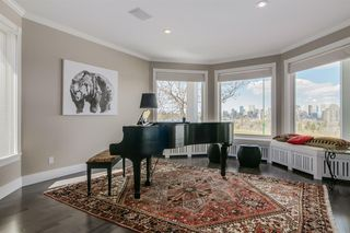 Photo 9: 313 33 Avenue SW in Calgary: Parkhill Detached for sale : MLS®# A1046049