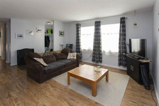 Photo 3: 7924 152A Avenue in Edmonton: Zone 02 House for sale : MLS®# E4221979