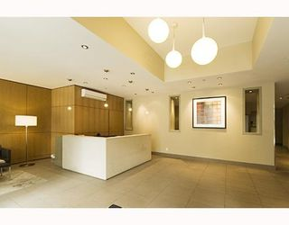 "Photo 2: 1202 1082 SEYMOUR Street in Vancouver: Downtown VW Condo for sale in ""FREESIA"" (Vancouver West)  : MLS®# V797473"