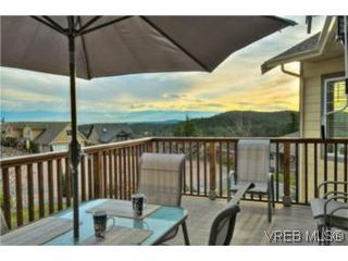 Photo 3: 3556 Sun Hills in VICTORIA: La Walfred House for sale (Langford)  : MLS®# 527139