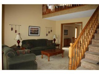 Photo 3: 58 Brittany Drive in WINNIPEG: Charleswood Residential for sale (South Winnipeg)  : MLS®# 1006271