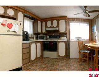 """Photo 3: 89 9950 WILSON Street in Mission: Stave Falls Manufactured Home for sale in """"Ruskin Place"""" : MLS®# F2905229"""