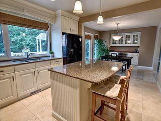 Photo 3: 14107 58 Avenue in Edmonton: Zone 14 House for sale : MLS®# E4165482