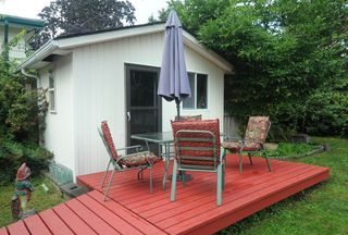 Photo 3: 2599 LAURALYNN Drive in North Vancouver: Westlynn House for sale : MLS®# R2407806