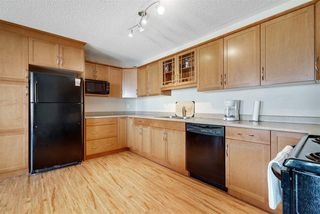 Photo 4: 404 9323 105 Avenue in Edmonton: Zone 13 Condo for sale : MLS®# E4176243