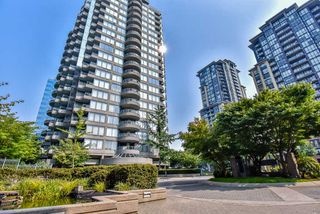 Photo 1: 904 13383 108 Avenue in Surrey: Whalley Condo for sale (North Surrey)  : MLS®# R2435719