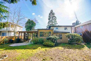 Photo 15: 7041 BUCHANAN Street in Burnaby: Montecito House for sale (Burnaby North)  : MLS®# R2438996