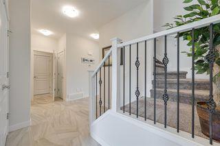 Photo 4: 1611 168 Street in Edmonton: Zone 56 House for sale : MLS®# E4213610